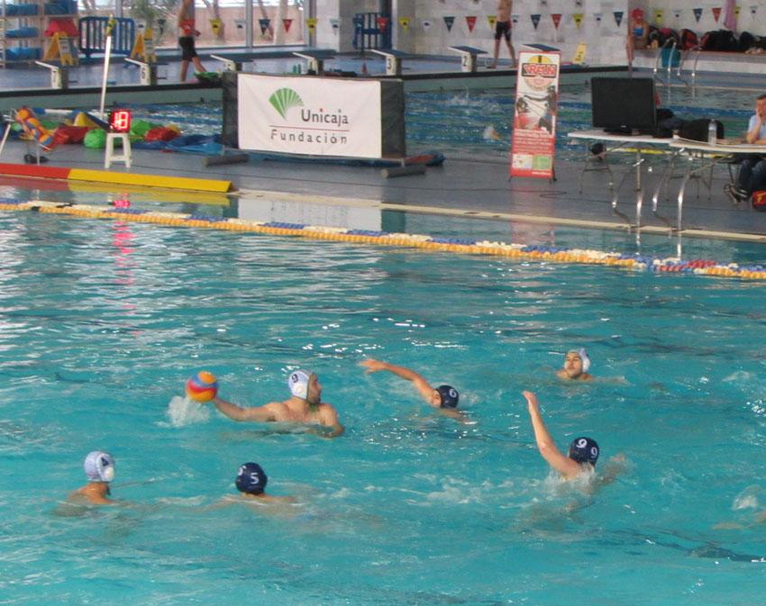 Un último cuarto desigual condena a la derrota al Waterpolo Málaga