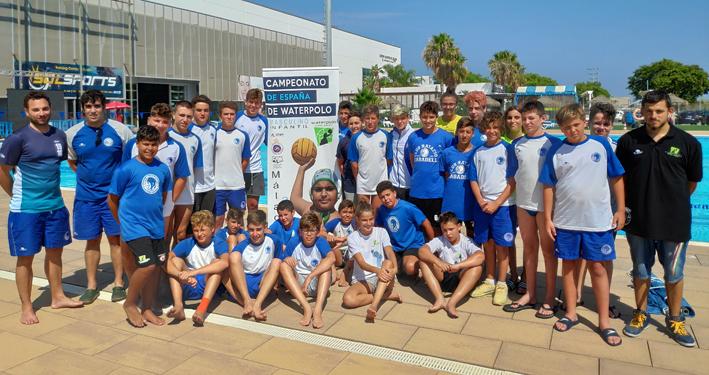 El Waterpolo Málaga realiza un intercambio de formación con el CN Sabadell