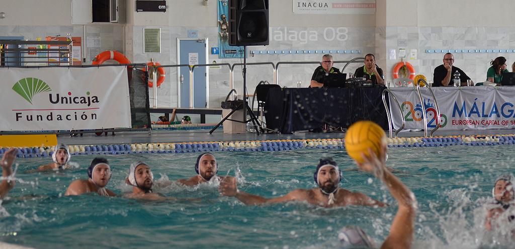 La Fundación Unicaja y los capitanes del Waterpolo Málaga tratan de dar fuerza a nuestro tejido deportivo