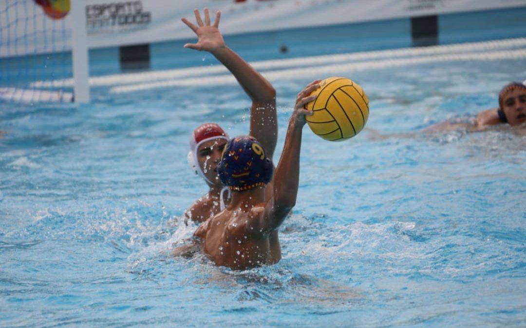Saúl Granados, jugador del Waterpolo Málaga, en la Selección española Sub-15 que irá al Campeonato de Europa
